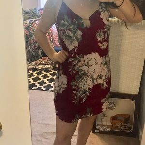 Maroon floral dress! Never worn before